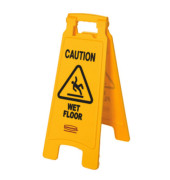 "Warnschild ""CAUTION WET FLOOR"" 3-sprachig gelb 67,3cm"